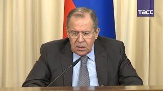 Лавров призвал Киев защитить отделения Сбербанка на Украине от атак радикалов