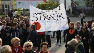 Ostrołęcki wiec poparcia dla strajku nauczycieli