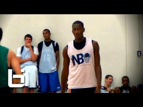 L.J. Peak makes immediate impact in Chicago (Whitney Young HS 2014) Official Ballislife Fall Mix