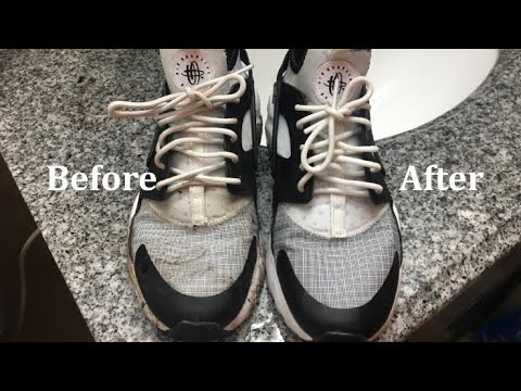 4207add110b9 How to clean Nike Huaraches Run Ultra with household materials ...