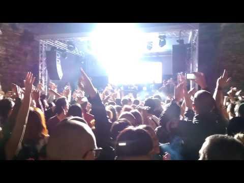 [FULL HD] Ten Walls live at Belgrade dropping Requiem, Italo and Walking with Elephants