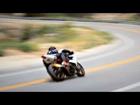 Triumph Daytona R VERY LOUD Flybys & Knee Down