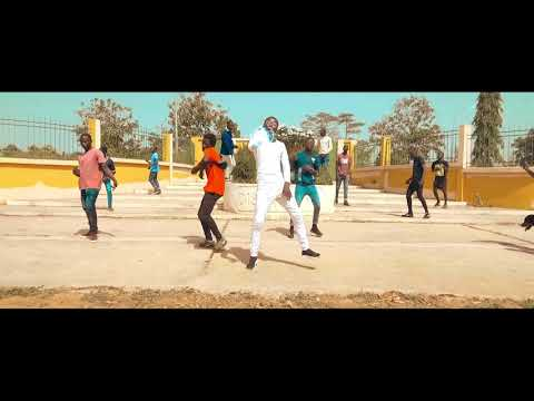 PMG - GNINGUIN GNINGUIN (Clip Officiel)