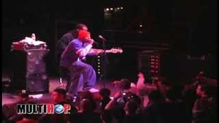 """MULTIHOP.TV - JAY-Z & THE ROOTS - """"SO GHETTO"""" & """"MILLION & ONE ?'s"""" LIVE (2002)"""