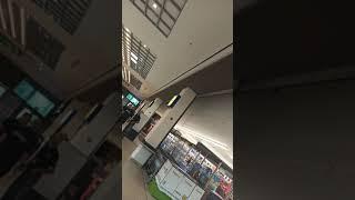 (VIDEO) - Екшън в Лидъл в МОЛ Галерия - БУРГАС - Какво заслужава тоя?