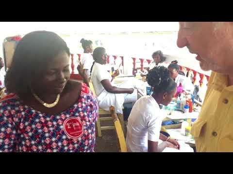 Ghana - Scuola per parrucchieri e SPA
