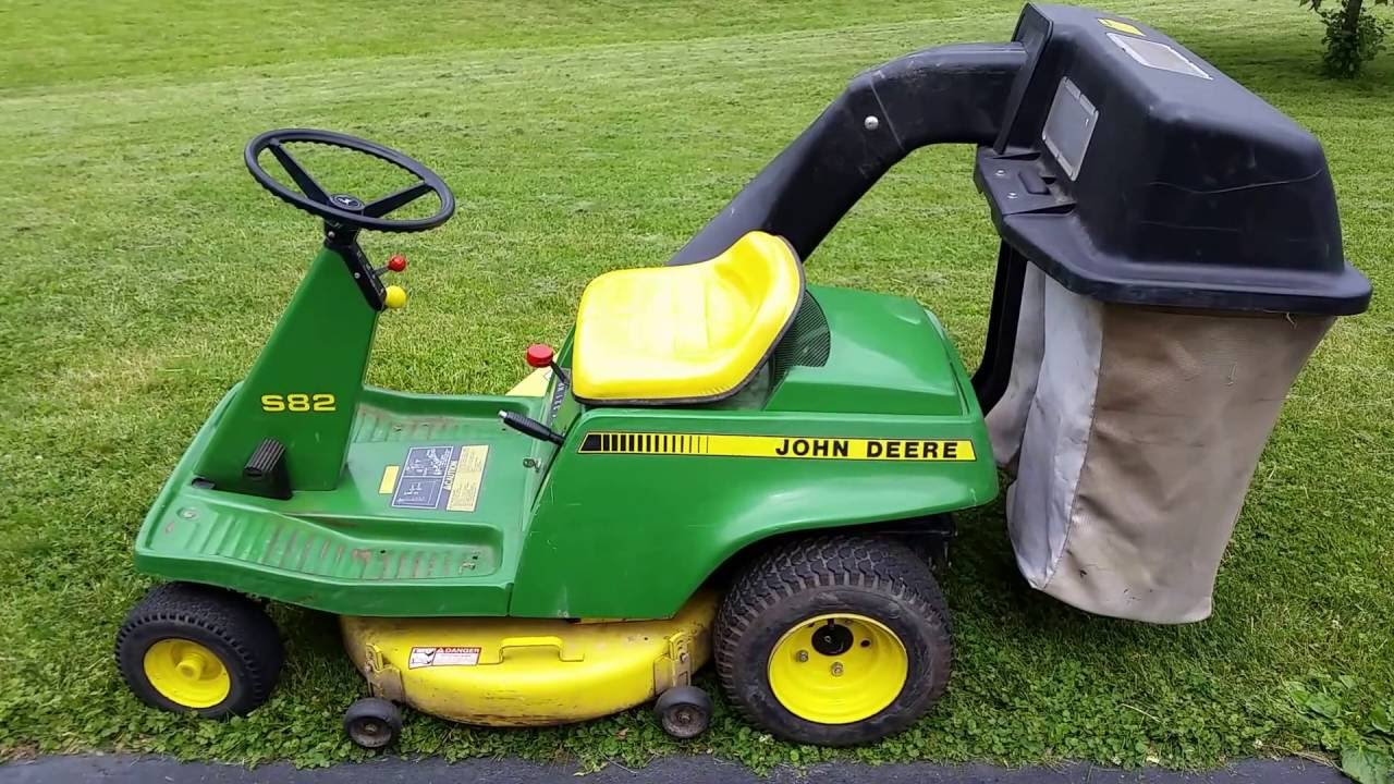 Vintage John Deere Model S82 Rear Engine Riding Mower