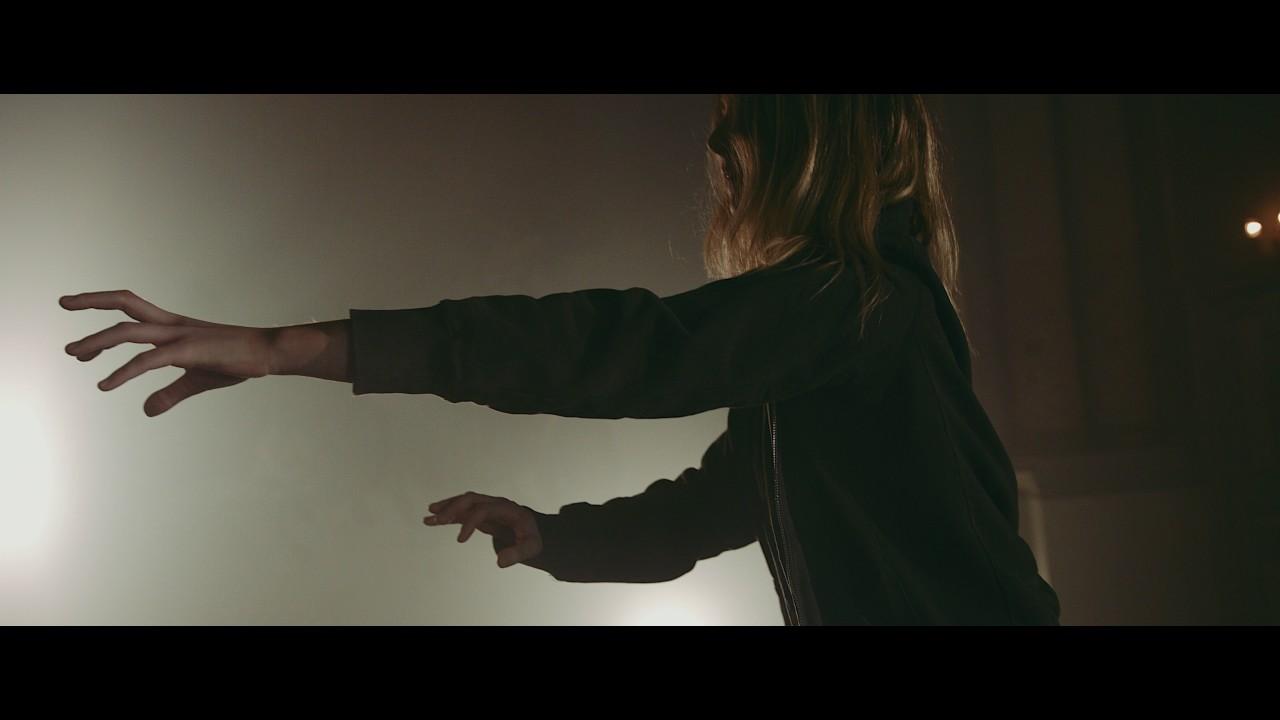 john-adams-things-that-make-you-beautiful-official-video-john-adams-music