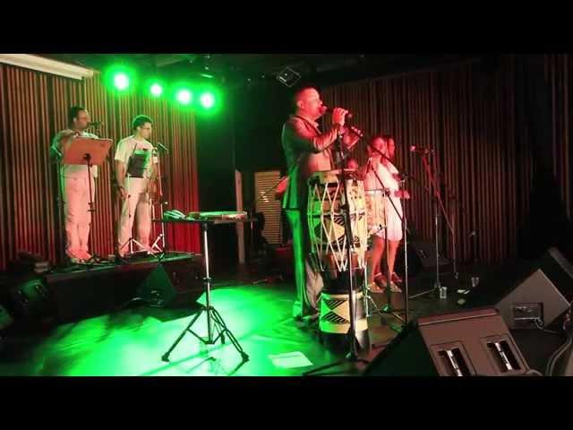 Yvison Pessoa - Folha de Laranjeira ( Ao vivo no Sesc Santo Amaro )