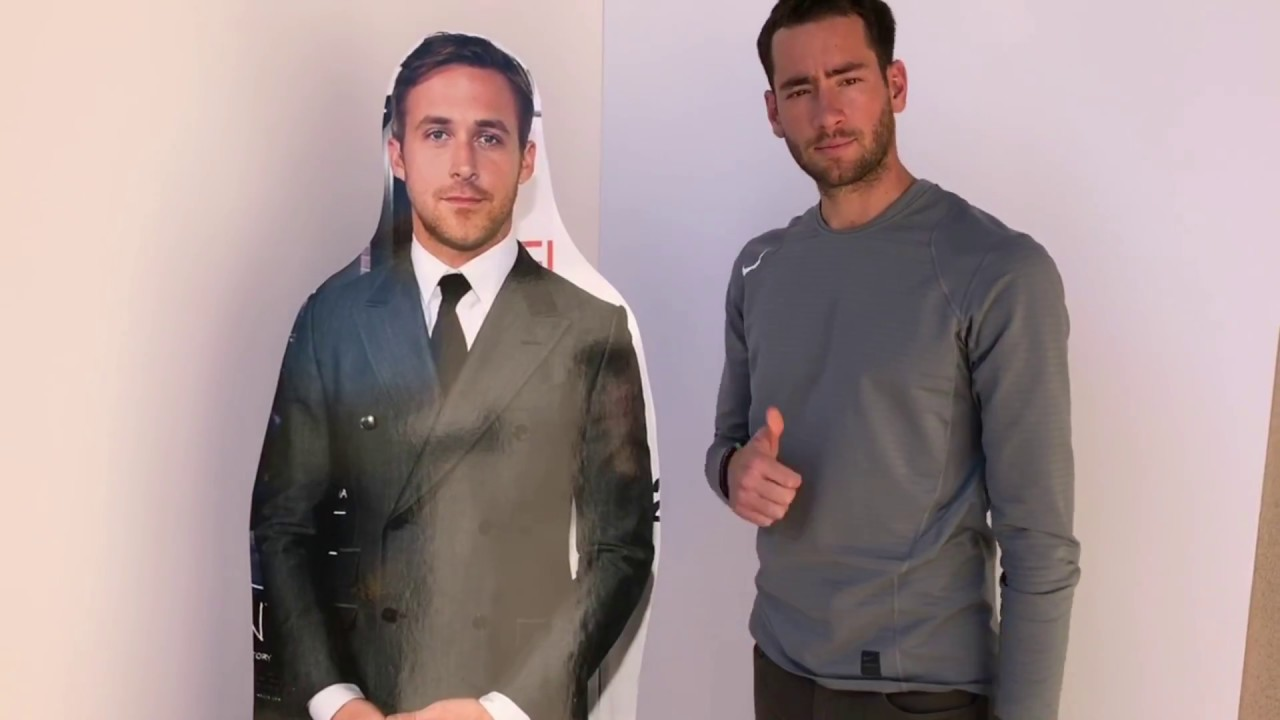 Build A Head >> How To Assemble Your 6ft Life Size Standup Cutout By Build A Head