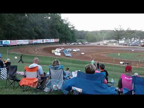 Indiana Saturday night dirt trackin @ Lincoln Park Speedway putnamville Indiana 6/24/17(2)