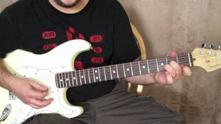 "How to Play ""Pretty Woman"" on guitar - guitar lessons - roy orbison, van halen fender strat"