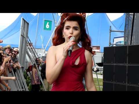Paloma Faith - At Last live at V Festival 2010