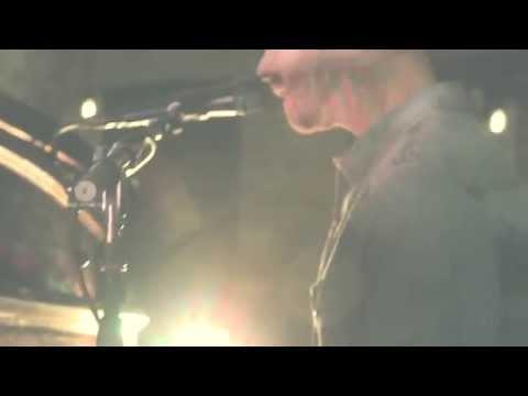 "Shaun Bartlett - ""Saviour Unknown"" LIVE (Theme song for Øyevitne/Eyewitness)"