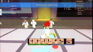 Roblox-Martial Arts Battle Arena... Easiest win ever/Fight 3x in a row