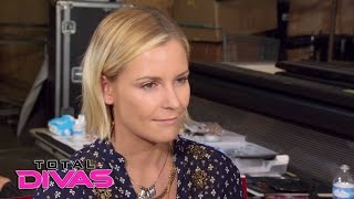 Natalya, Renee Young and R-Truth debate cats vs. dogs: Total Divas, May 3, 2017