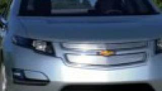 2011 Chevrolet Volt/First Look