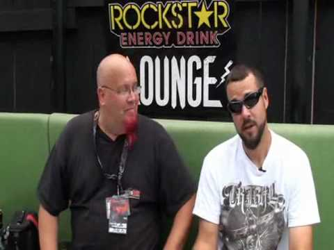 Rob Arnold of Chimaira video interview with Groovey.tv