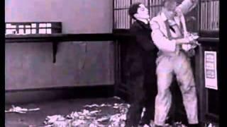 Buster Keaton-The haunted house-part 1(La casa stregata)1921