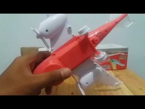 Pesawat mainan - plane toys move on their own