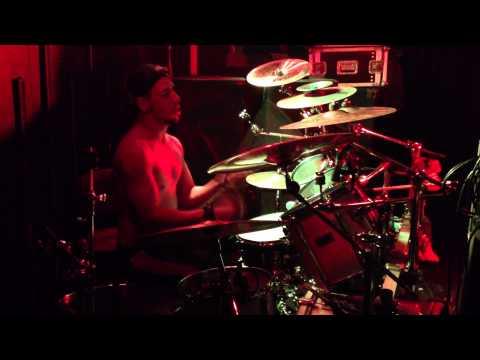 Icon Drummer - Awesome metal drumming skills!