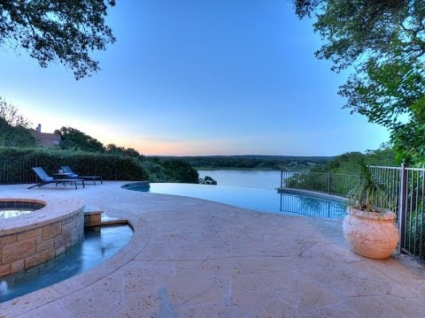 Serene Lake Travis Home in Spicewood, Texas