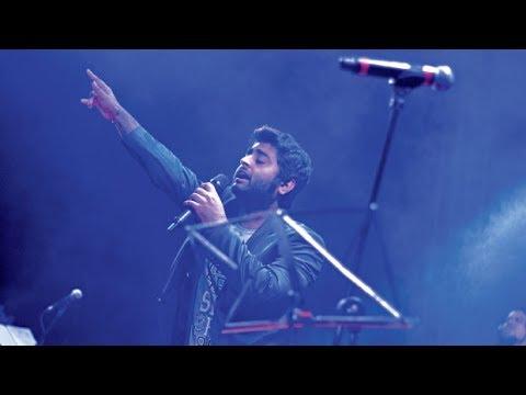 Sayonee & Bulleya   Arijit singh Live
