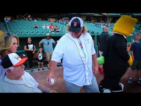 Glenn Fitzgerald Throws Out 1st Pitch at Fresno Grizzlies Game