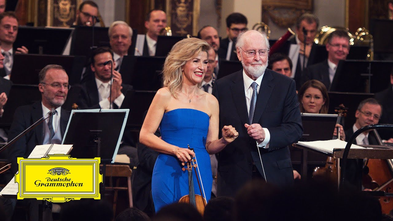 "John Williams & Vienna Philharmonic feat. Anne-Sophie Mutter – ""Hedwig's Theme"" From ""Harry Potter"""