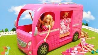 バービー キャンピングカーで遊びました。 とってもかわいいキャンピン...