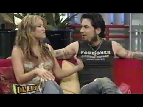 Carmen Electra and Dave Navarro on Seacrest