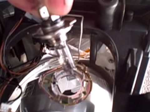 Changing The Headlamp Bulb On A Ford Focus Cmax Youtube