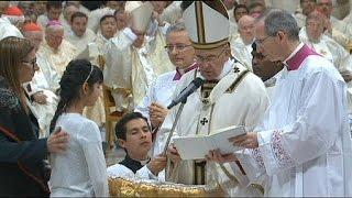Cristãos celebram Vigília Pascal