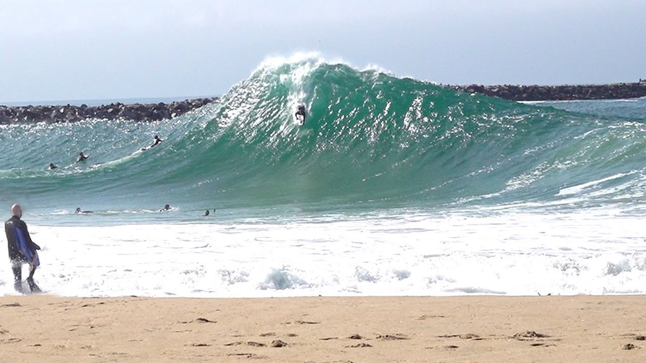 The Wedge - Solid swell builds quickly !!! 2 Kooks & Lowers !!!