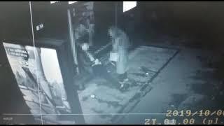 хто розбив скло на зупинці громадського транспорту у Житомирі