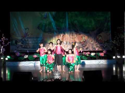 Non Nuoc Huu Tinh - Vietnam Cultural Week 2009