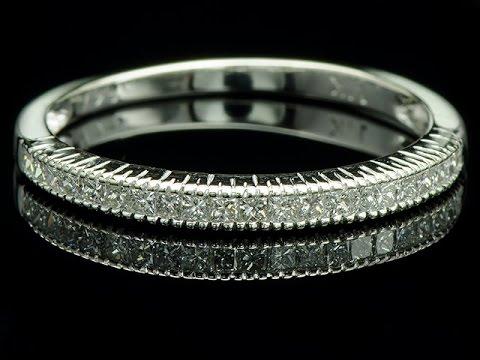 «эпл даймонд. Якутские бриллианты» предлагает купить кольца-дорожки с бриллиантами по выгодным ценам. Лаконичные модели на каждый день и роскошные золотые украшения для особых случаев. Доставка по москве, спб и другим городам.