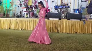 Leja Re Song Dance | Dhvani Bhanushali | Wedding song  | Feat by Flora Boda