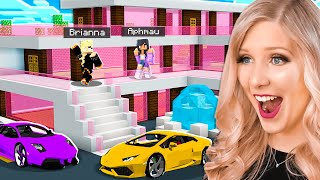 Minecraft MILLIONAIRE House Battle vs Aphmau! - Challenge