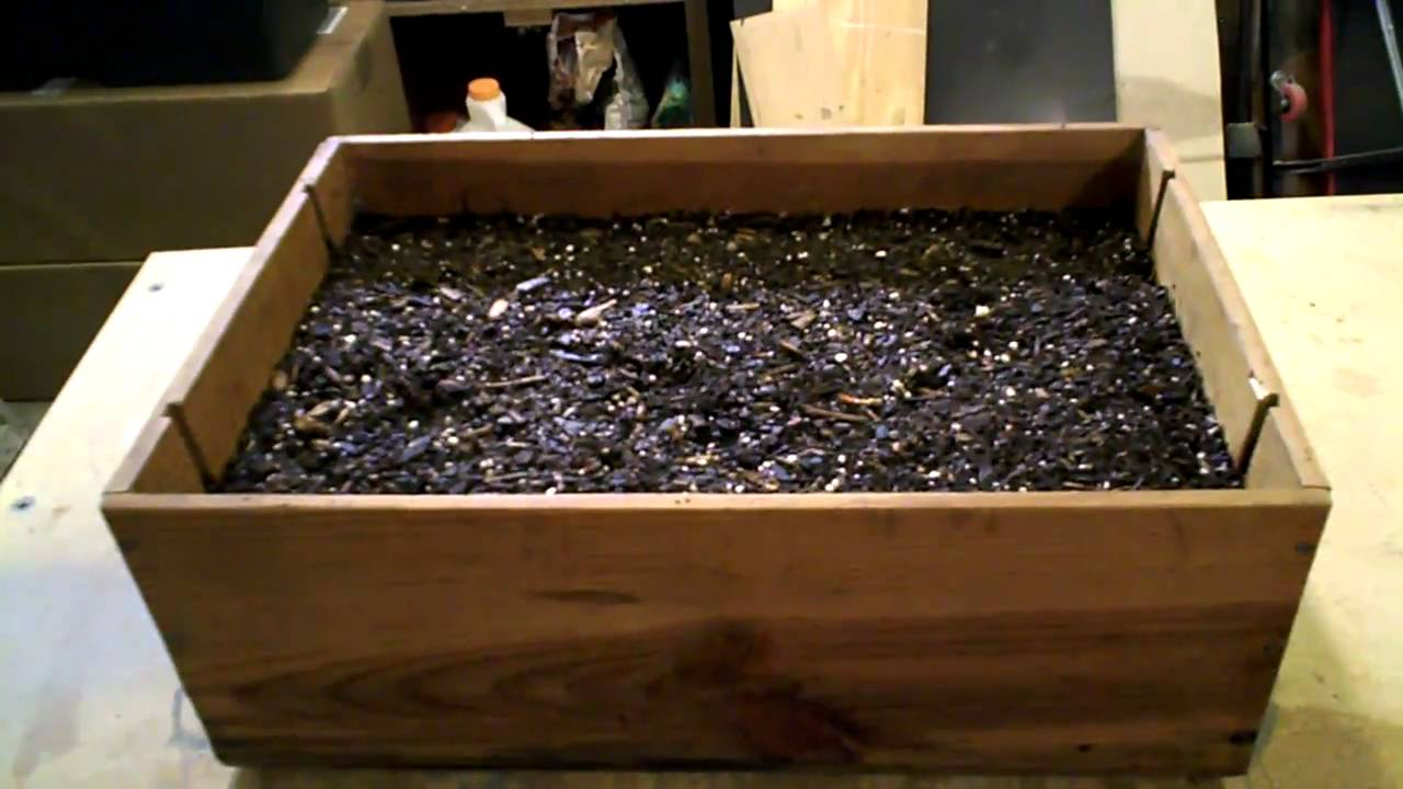 Small herb box from wine crate youtube for Small wine crates