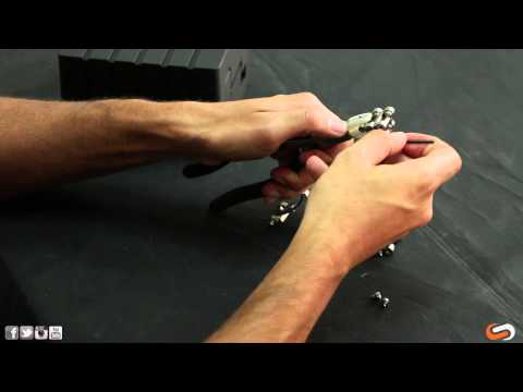 How To Take Out Links In Your Oakley Hollow Point Watch | SportRx