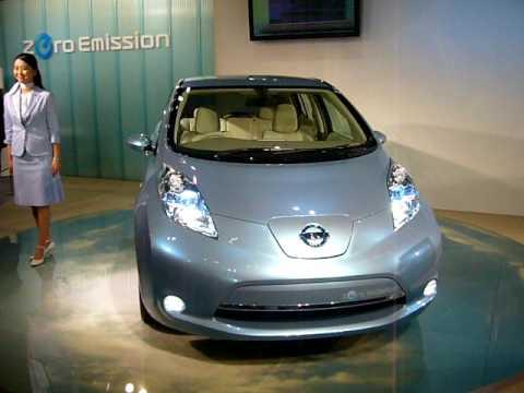 Osaka motor show Nissan electric cars