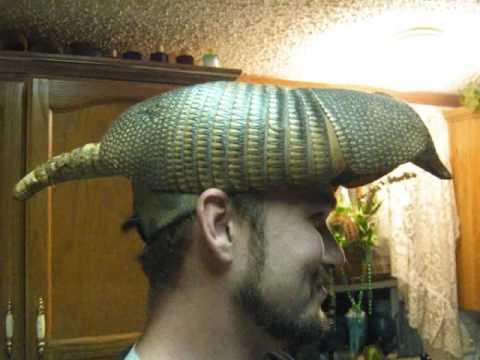Afbeeldingsresultaat voor armadillo hat