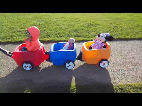 Minnie Mouse and Silicone Baby Wagon Ride