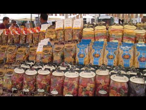 The Joys of Shopping at the Rialto Market in Venice -- Europe Trip 2015