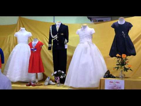 Ii exposici n de vestidos y trajes de comuni n de la com - Como poner el traje de comunion en casa ...