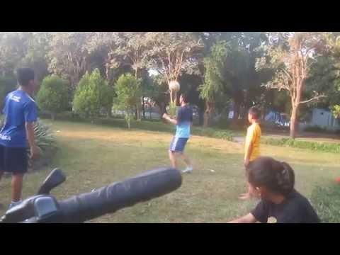Loevi,Shardi,Faris by Anisa-Citra (juggling ball)