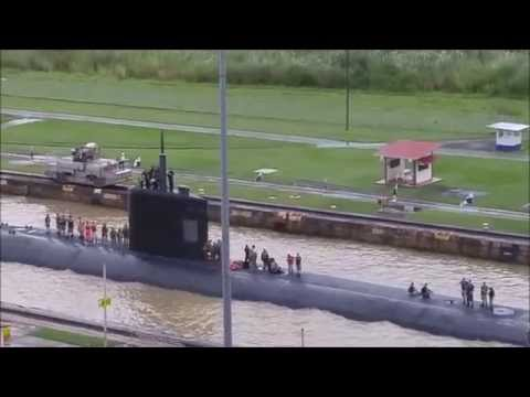 US Nuclear Submarine passes through Panama Canal | Sunday November 1, 2015