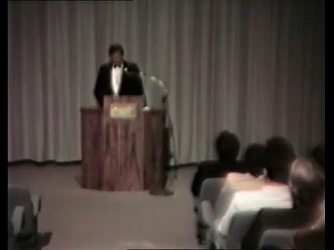 VREDENBURG.  Burgemeester Clive Thompson lewer 'n toespraak (Saterdag 30 September 1989)