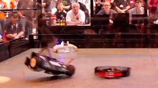 FRA Q8 - Valkiri 3 v Hatchet v Decimator - RC Combat Robot Wars - 2015 RC World Championships